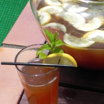 Limonada de té a la menta
