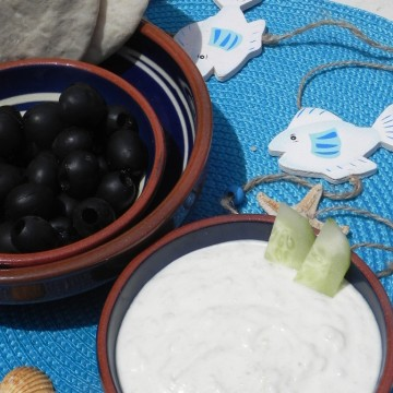 Tzatziki griego