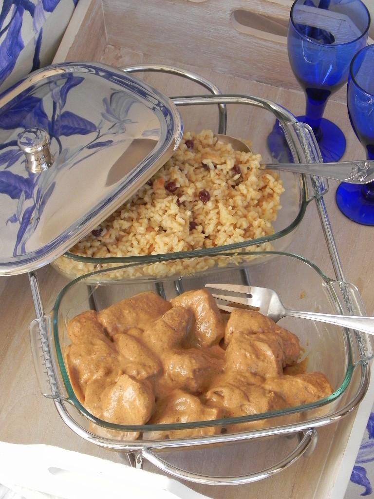 Pechuguitas de pollo rellenas de foie en salsa de setas