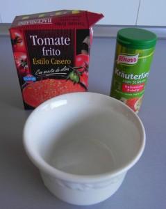 Mezclamos el tomate frito con las especias