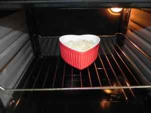Metemos la fuente al horno a 180º hastaque la superficie esté dorada (unos 15 min. aprox).