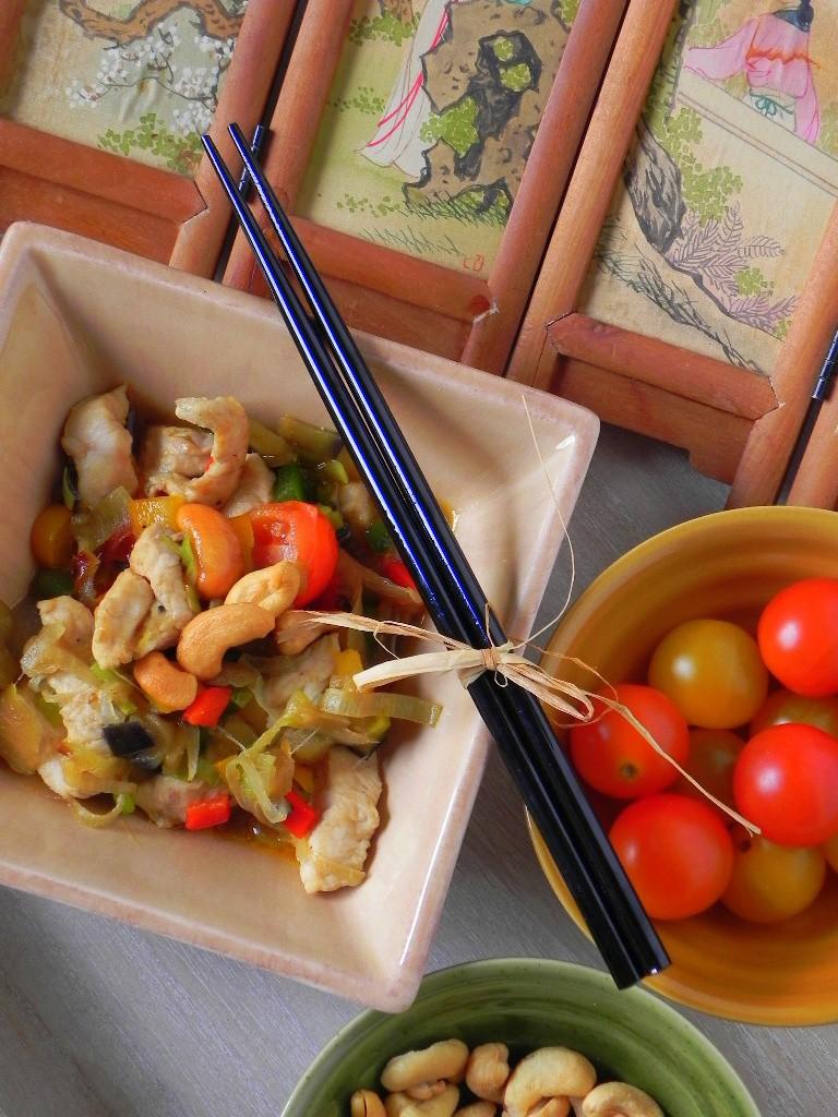 Wok de verduras de temporada con salsa de soja
