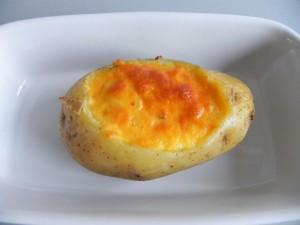 Sacamos la patata del horno