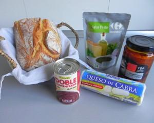 Ingredientes tosta de tomate seco, queso de cabra y pesto