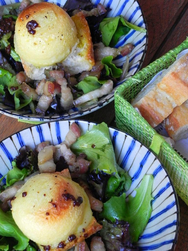 Ensalada francesa con queso de cabra bacon y vinagreta de for Ensalada francesa
