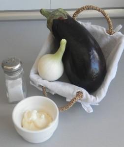 Ingredientes vinete (hummus de berenjena ahumada)