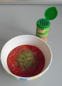 las añadimos al tomate