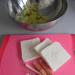 Añadimos el pan sin corteza
