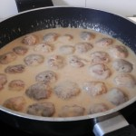 Y las dejamos cocer en la salsa unos 5 ó 10 minutos
