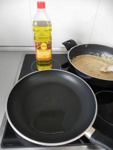 Ponemos aceite en otra sartén