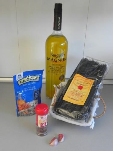 Ingredientes spaghetti bianco e nero