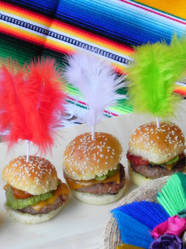 Mini hamburguesas Pancho Villa (mexicanas)