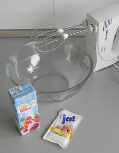 Montamos la nata con el azúcar
