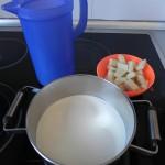 Llevamos a ebullición la nata con el chocolate blanco