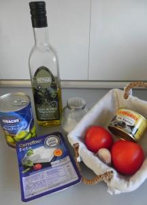Ingredienes Dip mediterráneo (con queso feta, tomate, ajo, aceitunas negras y alcachofas)