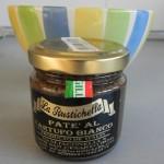 Añadimos una cucharadita de la pasta de trufa blanca al aceite