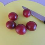 Hacemos lo mismo con los tomates cherry