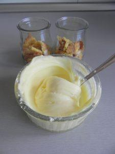 Añadimos encima el mascarpone con el azúcar