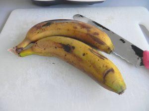 Pelamos los plátanos