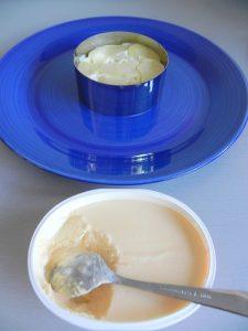 A continuación, una capa de crema de queso al salmón