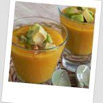 Chupitos de gazpacho (fácil) de aguacate