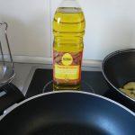Ponemos aceite en una sartén