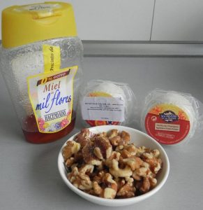 Ingredientes queso de cabra con nueces y miel