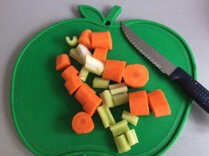 Partimos las verduras en trozos pequeños