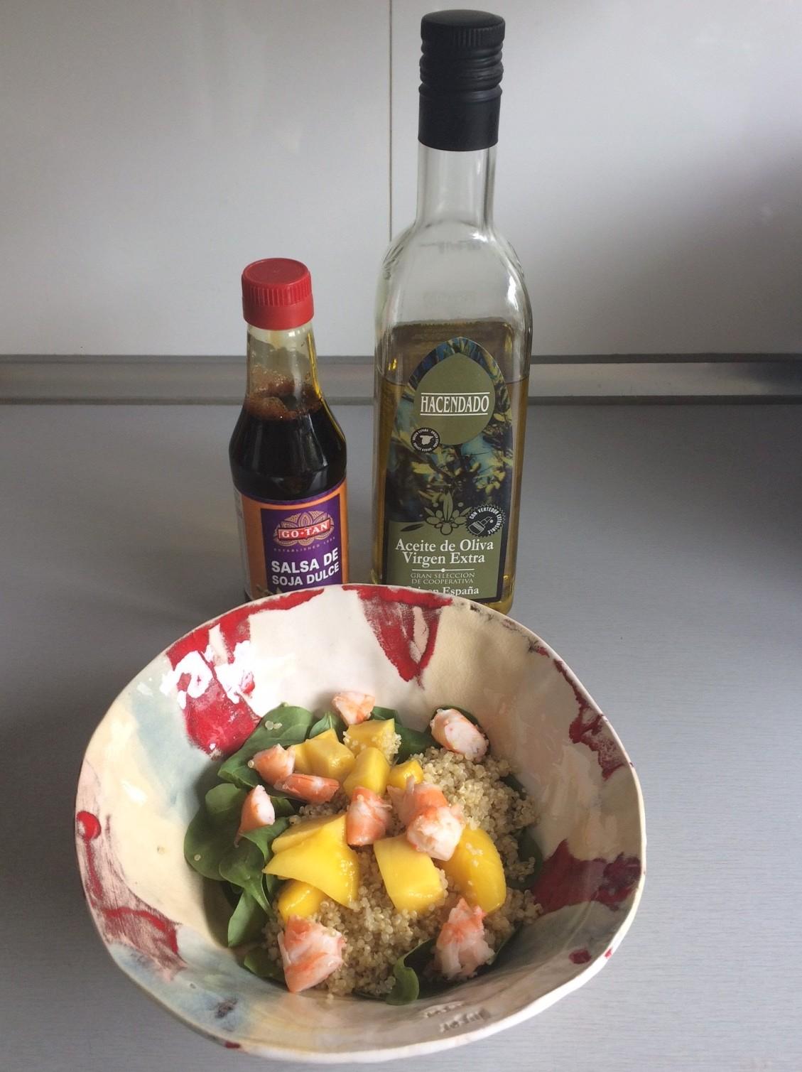 Añadimos aceite de oliva y un chorrito de soja