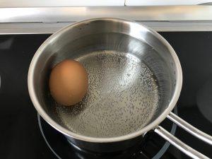 Cocemos un huevo para decorar