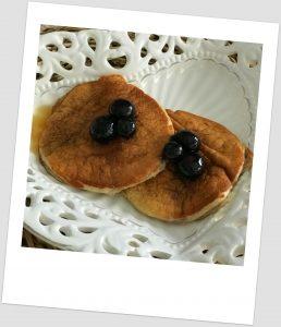 Tortitas de avena (con canela y sirope de arce)